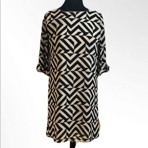 Everly Black And Cream Patterned Dress Size M